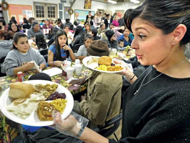 Val Verde feast draws hungry hundreds