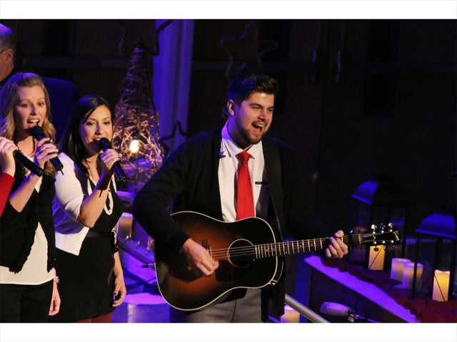 Church concert draws hundreds