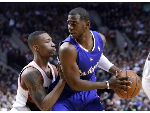 Clippers lose heartbreaker in Portland