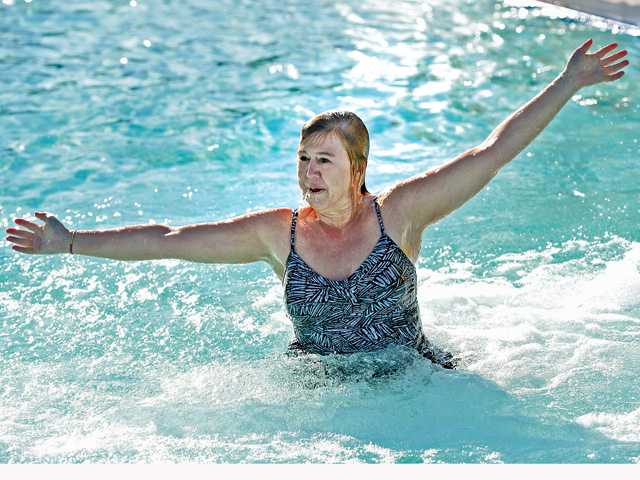 Polar plungers splash into new year