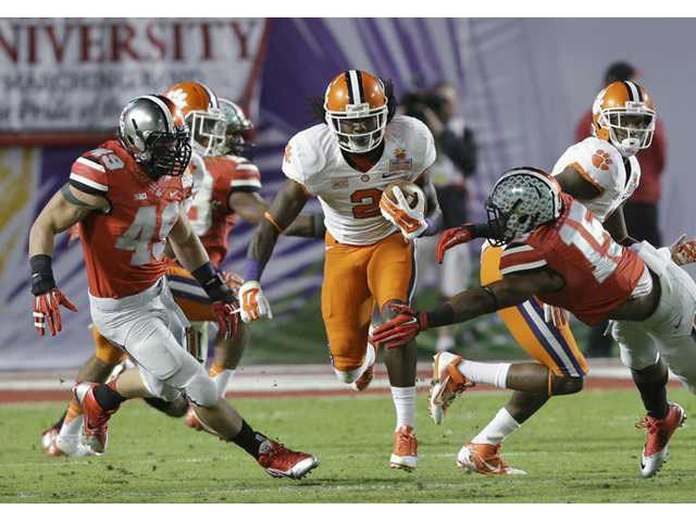 No. 12 Clemson tops No. 7 Ohio State