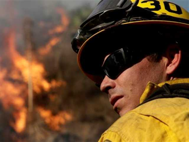 As LA-area fire wanes, dangerous conditions remain