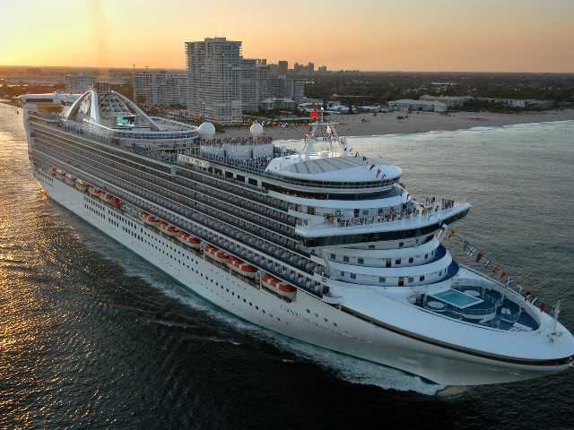 Cruise line cites fog, not illness, for return