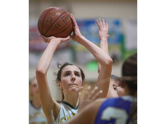 Big shot keeps Canyon girls alive