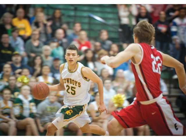 Canyon basketball streaks into semifinals
