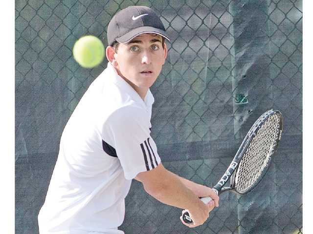 Valencia tennis wins Spring Smash