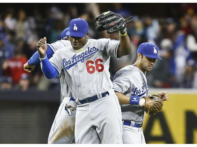 Puig's homer boosts Dodgers