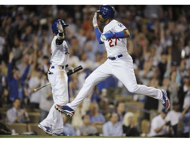 Dodgers beat Tigers in 10 innings