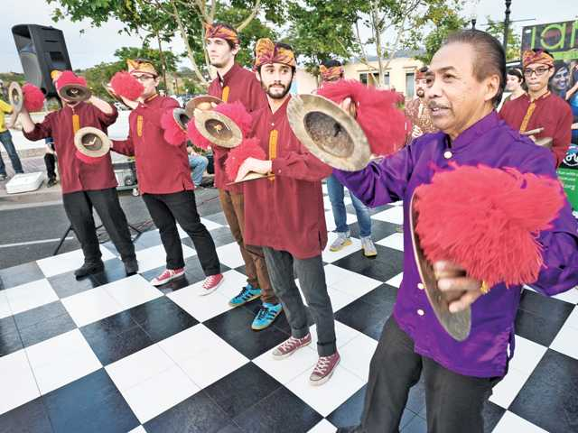 Balinese marching music ushers in Newhall JAM Sessions