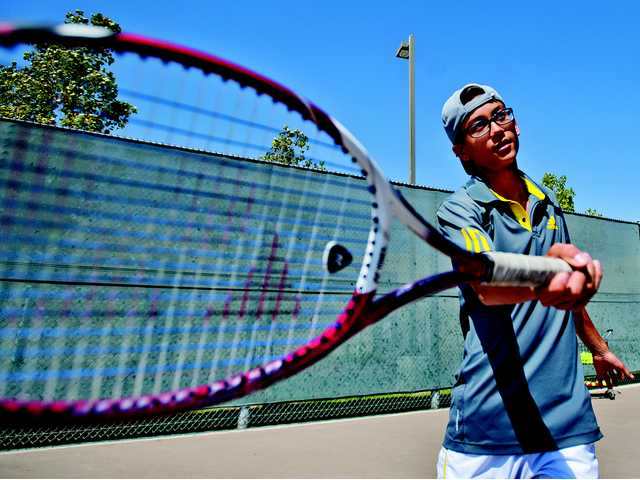 Brandon Yu's growth parallels Golden Valley tennis'