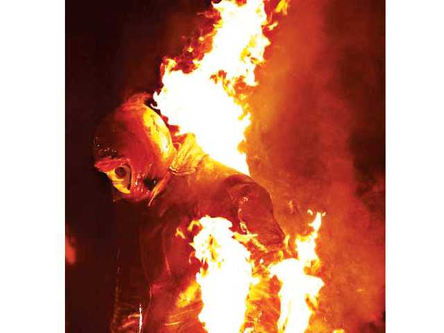 Saugus stuntman planning record-breaking firewalk