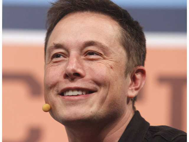 Elon Musk to unveil spacecraft to ferry astronauts