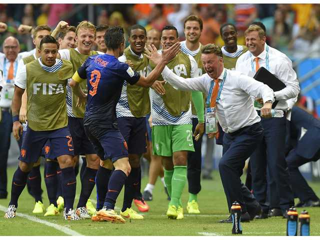 Netherlands shocks Spain in World Cup opener