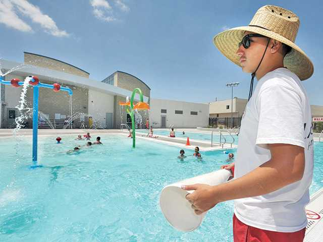 Olympic-sized pool for Castaic in planning stages