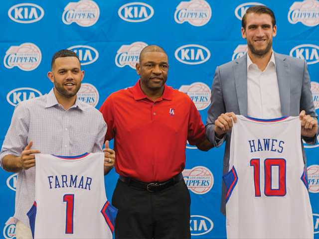 Farmar, Hawes join Clippers