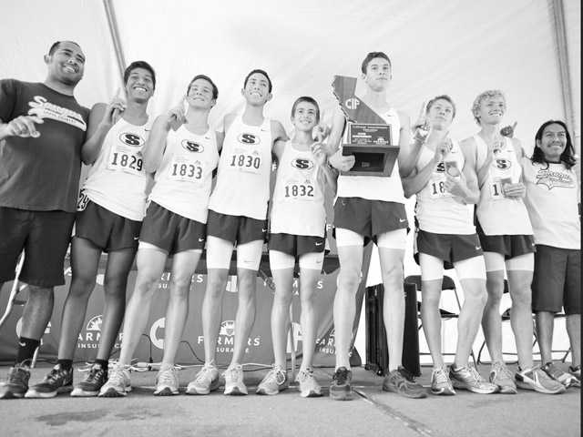 2013-14 Team of the Year: Saugus boys cross country