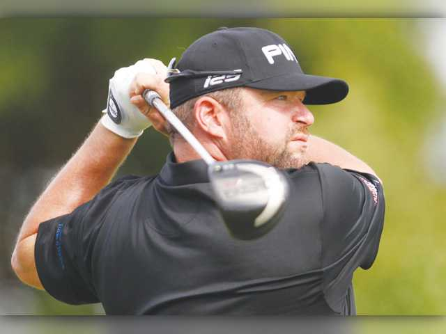 Hart grad Gore, Valencia grad Homa look for spot on PGA Tour