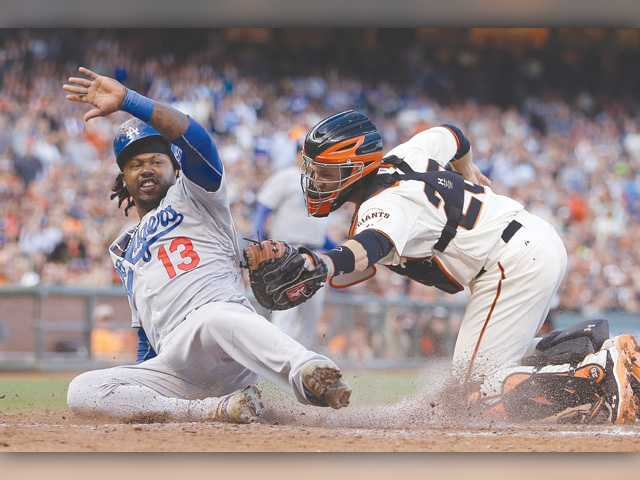 Dodgers sweep road series against Giants