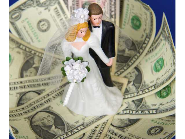 Best budgeting tips for newlyweds