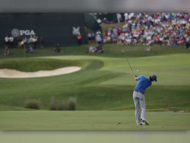 McIlroy holds lead at PGA Championship