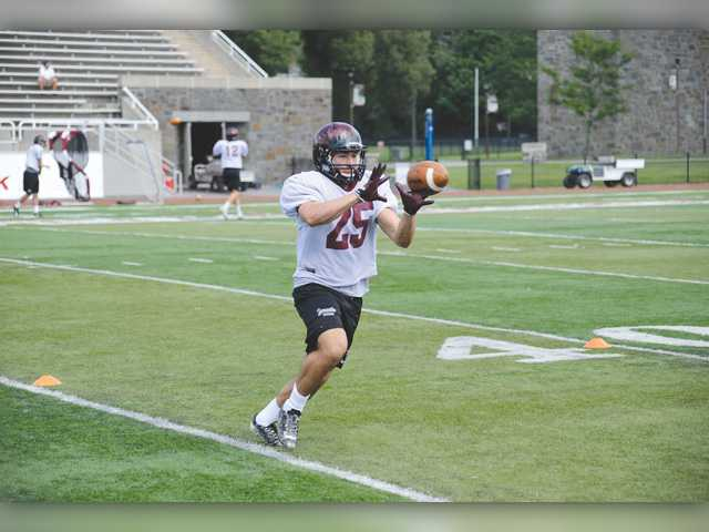 Former high school stars adjusting to college football