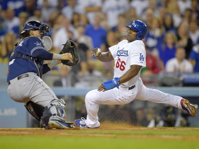 Padres beat Dodgers to end 2-game skid
