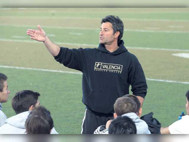 Valencia soccer coach Scalercio resigns