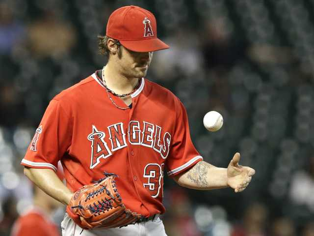 Wilson struggles as Angels lose to Astros