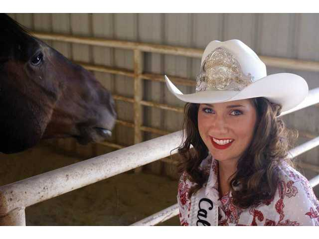 Acton cowgirl crowned state rodeo queen 
