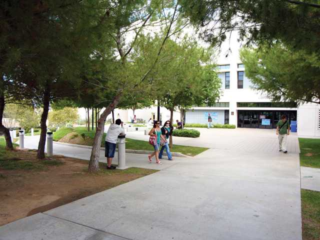 2-year schools may offer 4-year degrees