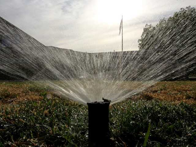 Restrictions likely on yard watering in SCV