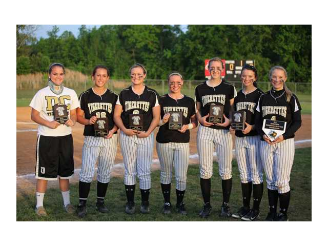 Tigerettes receive postseason awards