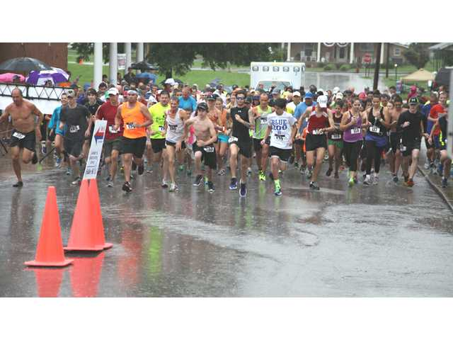 Soaking start to Fiddler 5K