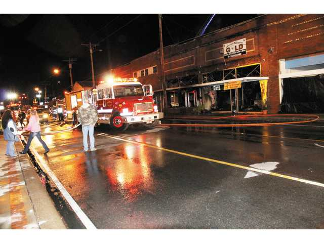 Fire ravages downtown Woodbury