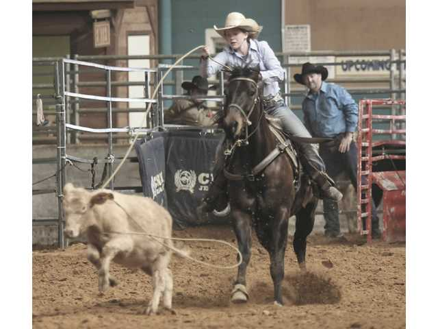 DCHS Rodeo begins 2014 season
