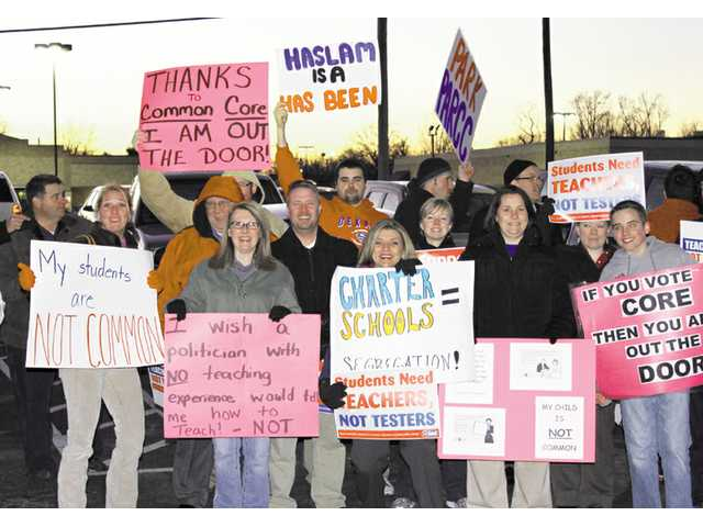 Haslam visits, teachers protest