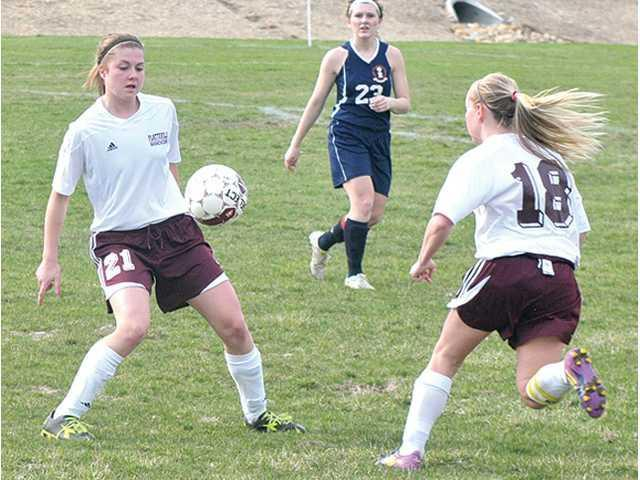 Bowen leads Hillmen soccer team to victory