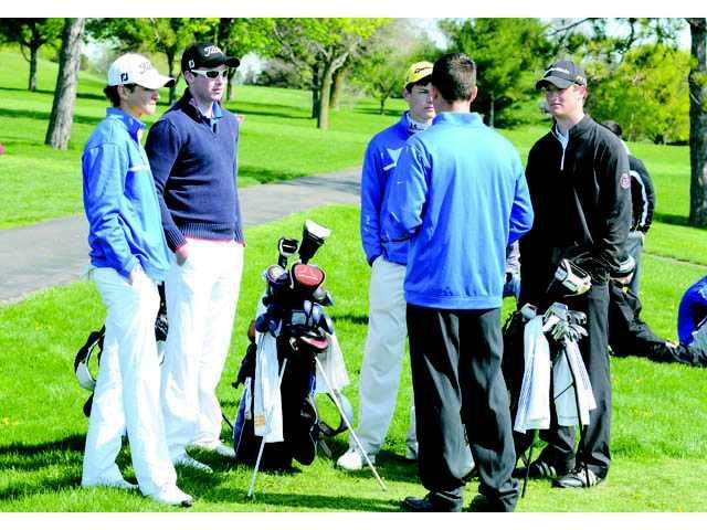 Golf team continues to dominate
