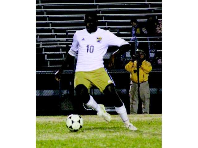 Wildcats squash Loganville soccer