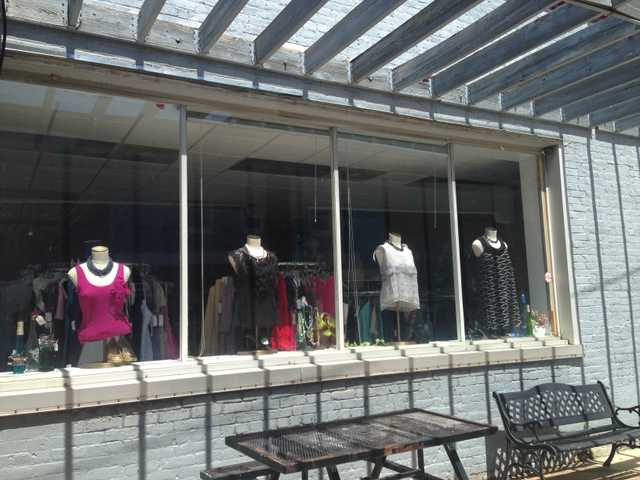 Revamp boutique moves to Broad St.