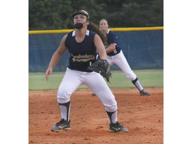 Lady Cats softball struggles to score in scrimmage