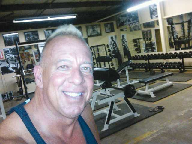 Winder temporarily closes gym with no license