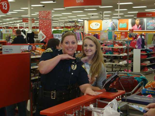 BCSO, Winder officers team up with youths in need of gifts