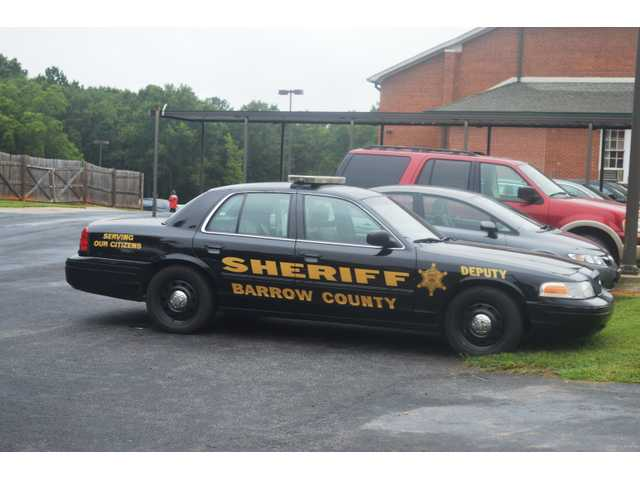 Barrow Sherriff's looking for driver in high-speed car chase
