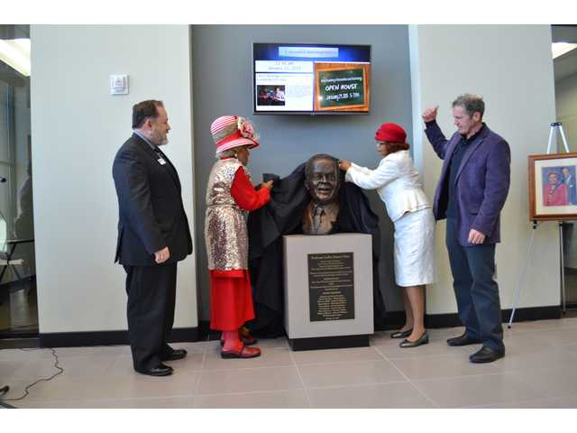 Barrow organization unveils bust of legendary educator Sims at new career academy