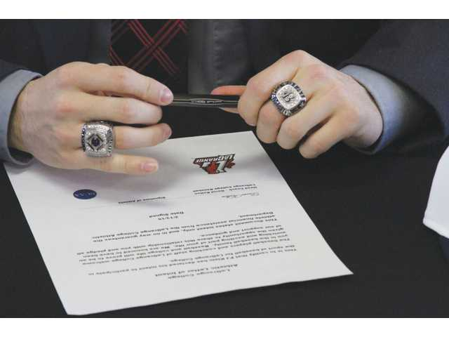 BCA's Klein signs with LaGrange