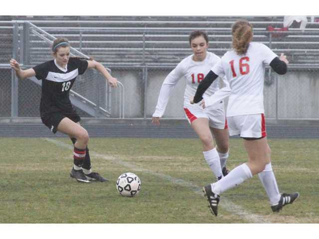 Midfield too strong for Winder-Barrow
