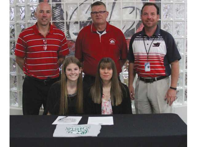 Distance Dogg earns spot with Piedmont track