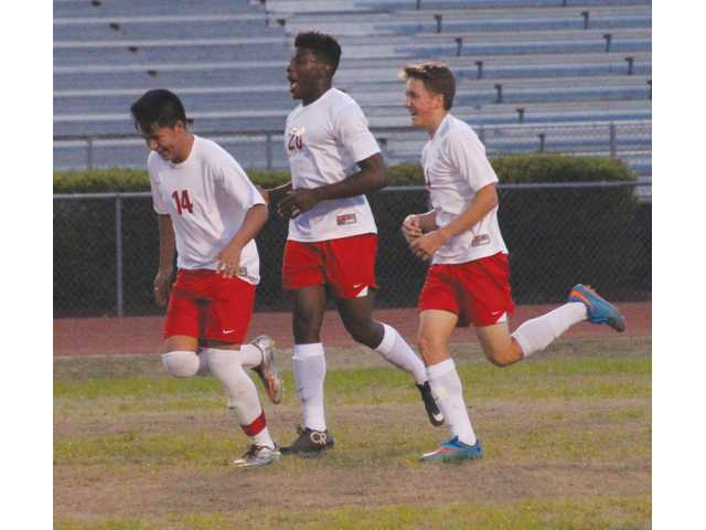 Winless streak continues for Winder Soccer Doggs