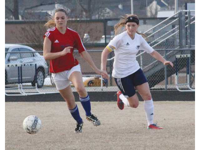 Apalachee sweeps big soccer day